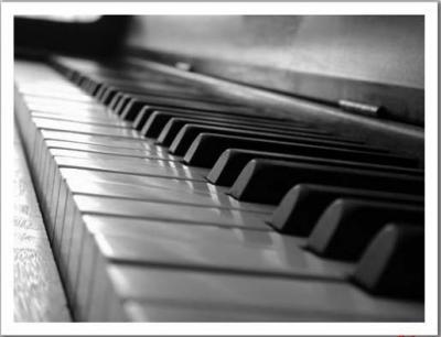 20090521131541-piano1.jpg