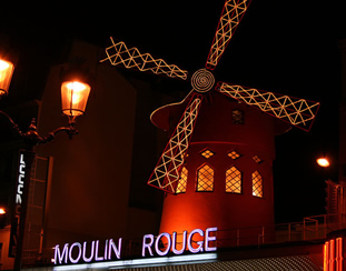 20140908101323-moulin-rouge-fotisima.jpg