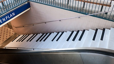 20091219181416-piano-escaleras-2-.jpg